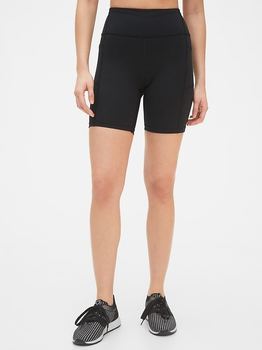 THE GapFIT BLACKOUT BIKER SHORTS