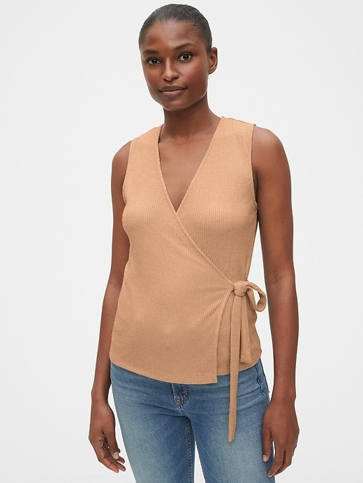 THE SOFTSPUN FITTED WRAP TOP