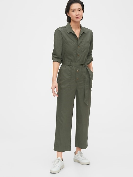 THE UTILITY JUMPSUIT