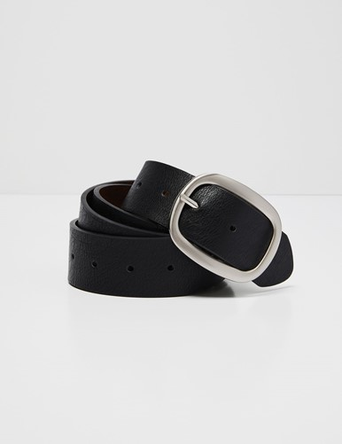 THE REVERSIBLE PERFORATED BELT